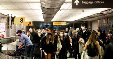 美国将在11月初允许来自中国等33国完成疫苗接种的航空旅客入境